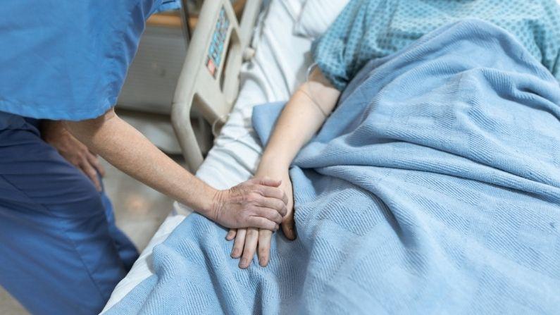 Career In Nursing: How to make a career in Nursing
