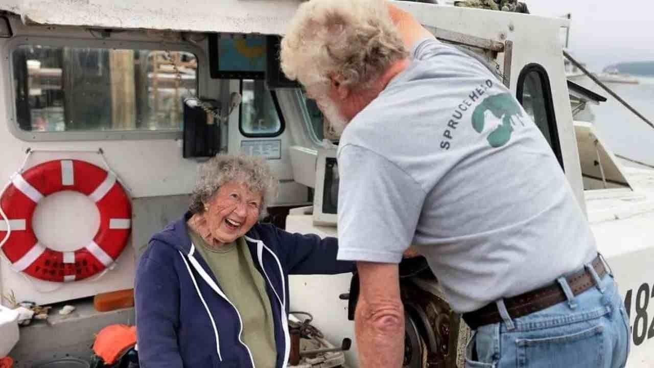 101 साल की उम्र में ये महिला करती है जोखिम वाला काम, फिर भी नहीं होना चाहती रिटायर