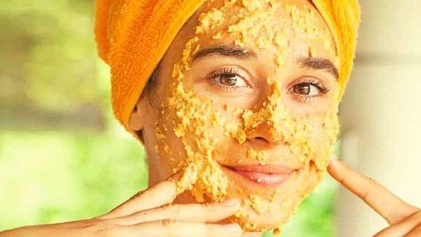 Beauty Tips : नेचुरल ब्यूटी को रखना है बरकरार तो कद्दू के फेसपैक को रुटीन में करें शामिल, जानिए फायदे !