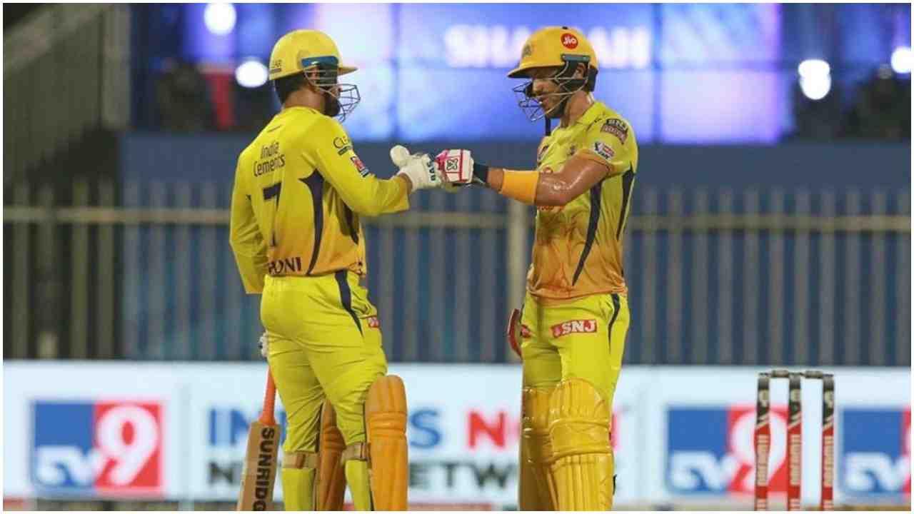 IPL 2021 से पहले धोनी को लगा जोर का धक्का, चेन्नई सुपर किंग्स का ये इनफॉर्म खिलाड़ी हुआ घायल