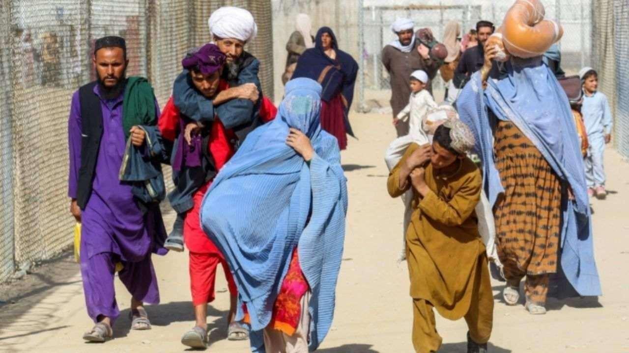 अफगानिस्तान से अमेरिका आने वाले लोगों में मिले 'चेचक' के मामले, निकासी प्रक्रिया पर लगाई गई रोक