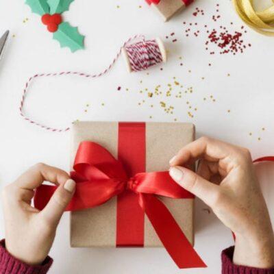 Daughter's Days 2021 Gift : आज डॉटर्स डे के खास मौके पर बेटियों को दें ये सरप्राइज गिफ्ट्स