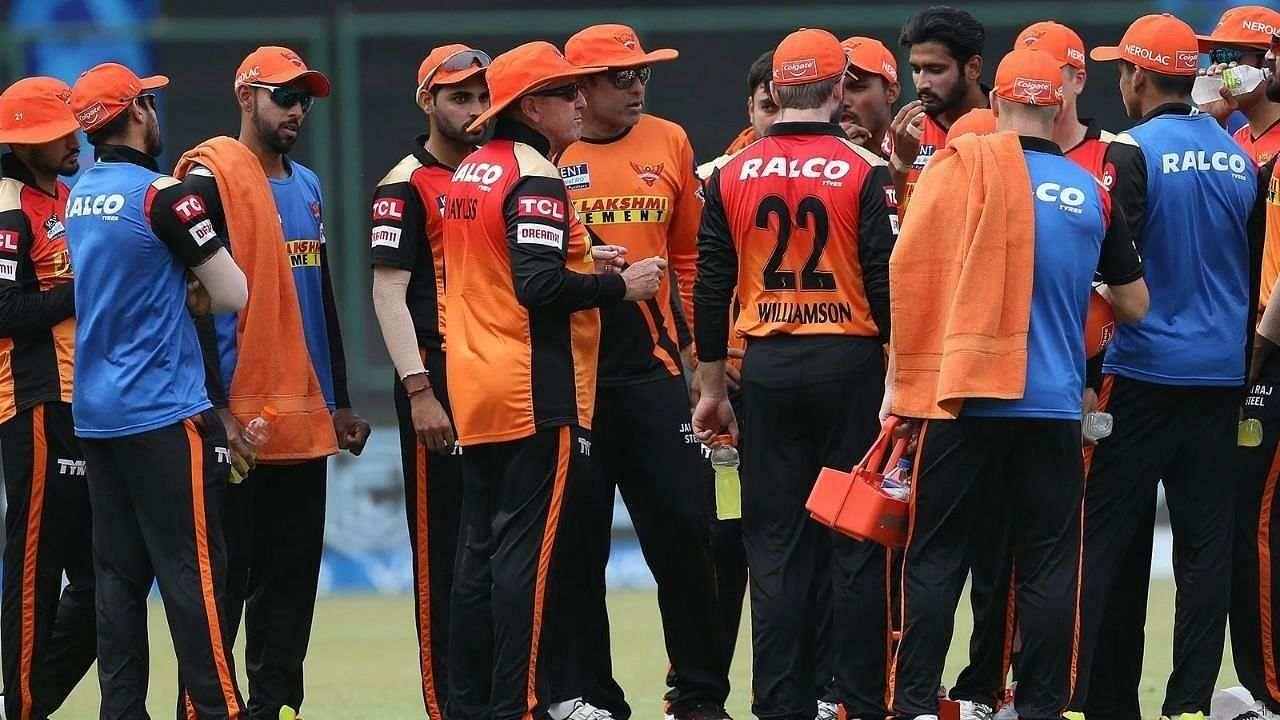 IPL 2021: सनराइजर्स हैदराबाद की बढ़ी मुसीबतें, स्टार अफगान स्पिनर को नहीं मिली UAE में एंट्री