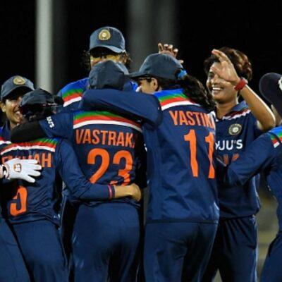 Ind-W vs Aus-W : बेथ मूनी के शतक में धुल गए टीम इंडिया के अरमान, जीत के करीब आकर मिली हार