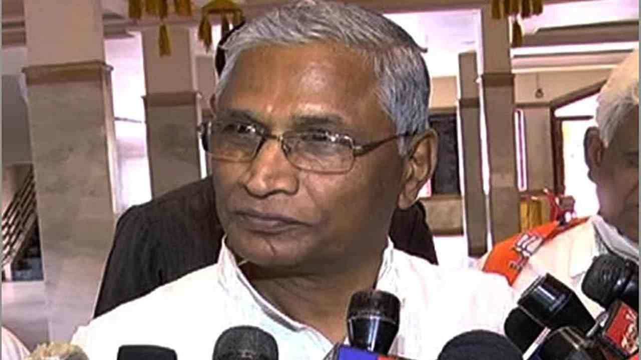 Karnataka: 2019 में बीजेपी में शामिल होने के लिए पैसे की गई थी पेशकश, बोले पूर्व मंत्री श्रीमंत पाटिल