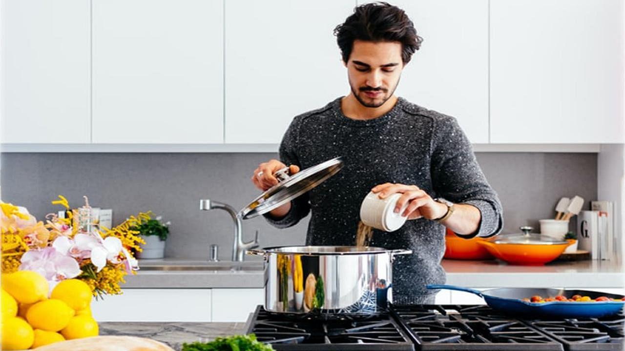 Kitchen Vastu Dosh : कलह से बचना चाहते हैं तो भूलकर भी न करें किचन के इन वास्तुदोष को नजरंदाज