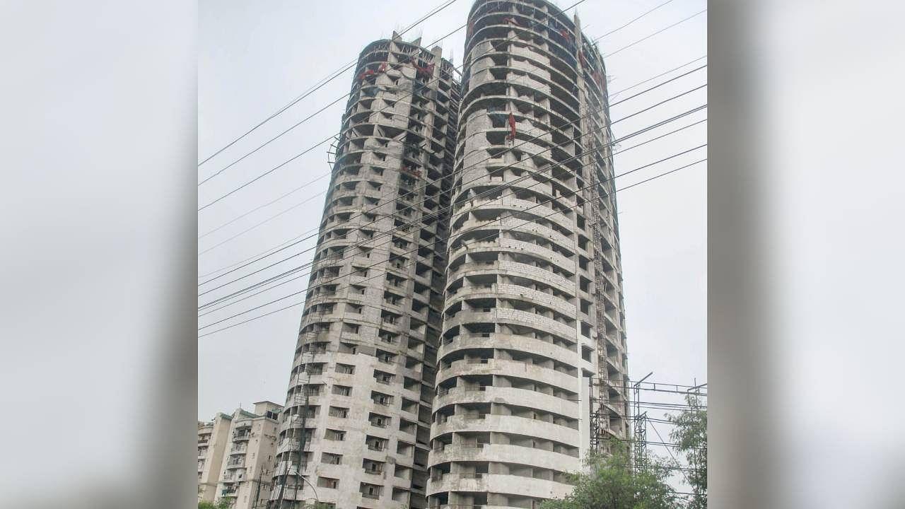 लूटघर: बिल्डरों और सरकारी अधिकारियों के भ्रष्टाचार में कैसे लाचार होता है उपभोक्ता, सुपरटेक के दो टावर हैं उदाहरण