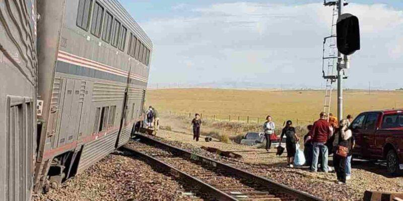 अमेरिका में बड़ा रेल हादसा, पटरी से उतरी हाई स्पीड एमट्रेक ट्रेन, 3 यात्रियों की मौत