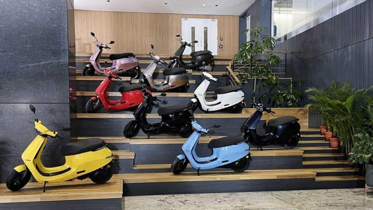 अब ऑनलाइन खरीद सकते हैं Ola Electric Scooter, टेक्निकल गड़बड़ी से देरी के बाद शुरू हुई सेल