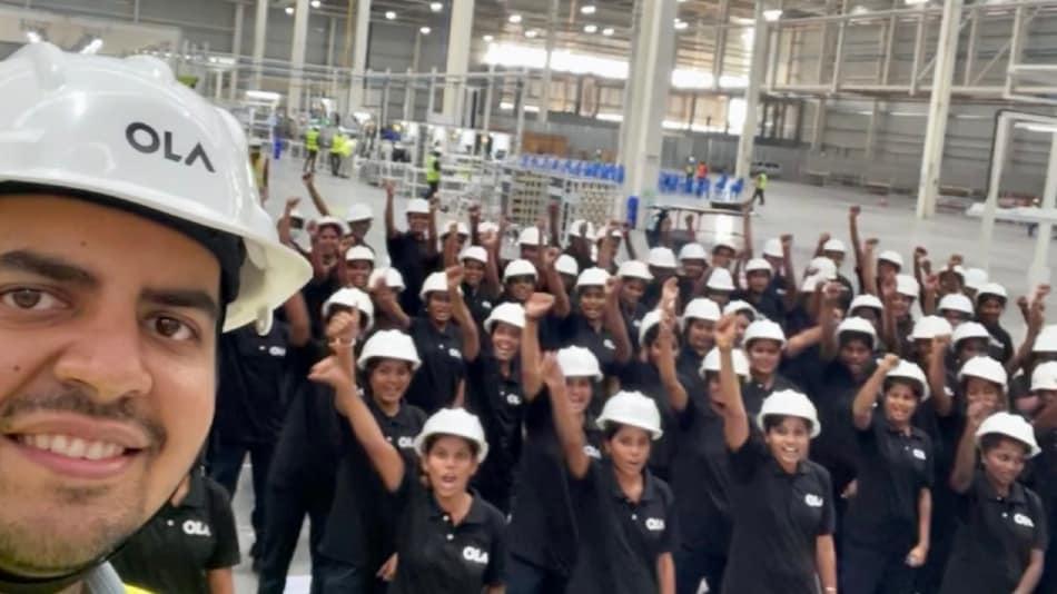 केवल महिलाओं द्वारा तैयार किए जाएंगे Ola इलेक्ट्रिक स्कूटर, खुलेंगी 10 हज़ार से ज्यादा भर्तियां