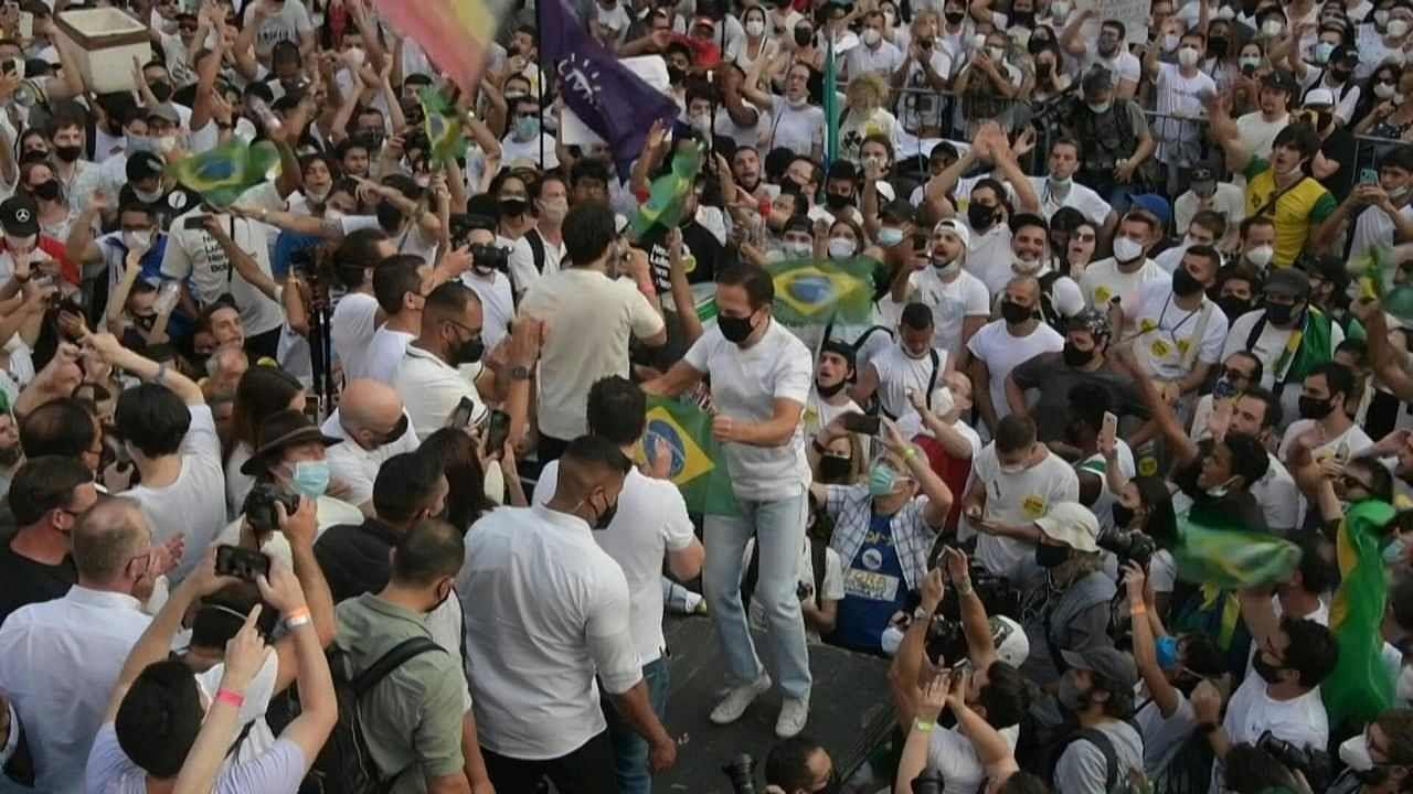 'देश के लिए केवल मुसीबत लाए' ब्राजील में चुनाव से पहले सड़कों पर उतरे लोग, राष्ट्रपति बोल्सोनारो के खिलाफ लगाए नारे
