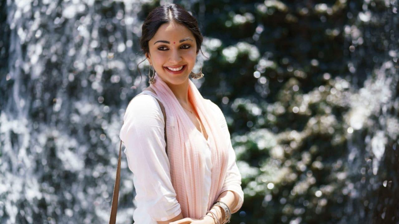 Ormax Stars India Loves : कियारा आडवाणी बनीं सबसे पसंदीदा अभिनेत्री, जानिए कौन हैं टॉप 5 में शामिल