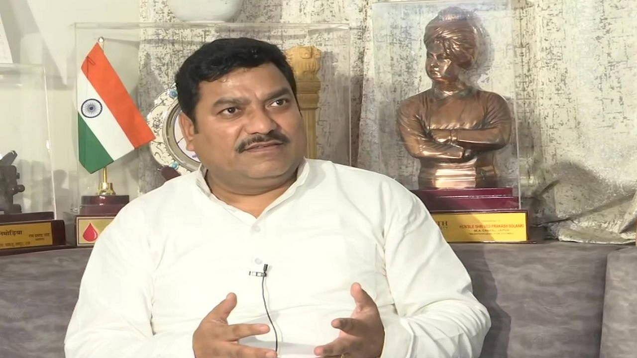 Rajasthan: विधायक वेद प्रकाश सोलंकी ने लगाए आरोप, कहा- मुझे फंसाने के लिए महिलाएं भेजती हैं Video