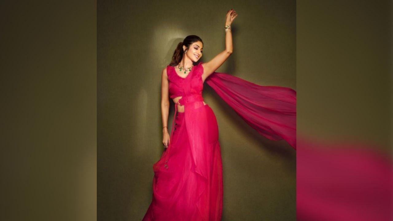 शिल्पा शेट्टी पिंक साड़ी में लगी बेहद खूबसूरत, इसकी कीमत जानकर रह जाएंगे हैरान