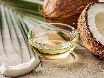 Skin Care : त्वचा और बालों के लिए फायदेमंद है नारियल तेल, जानिए कैसे?