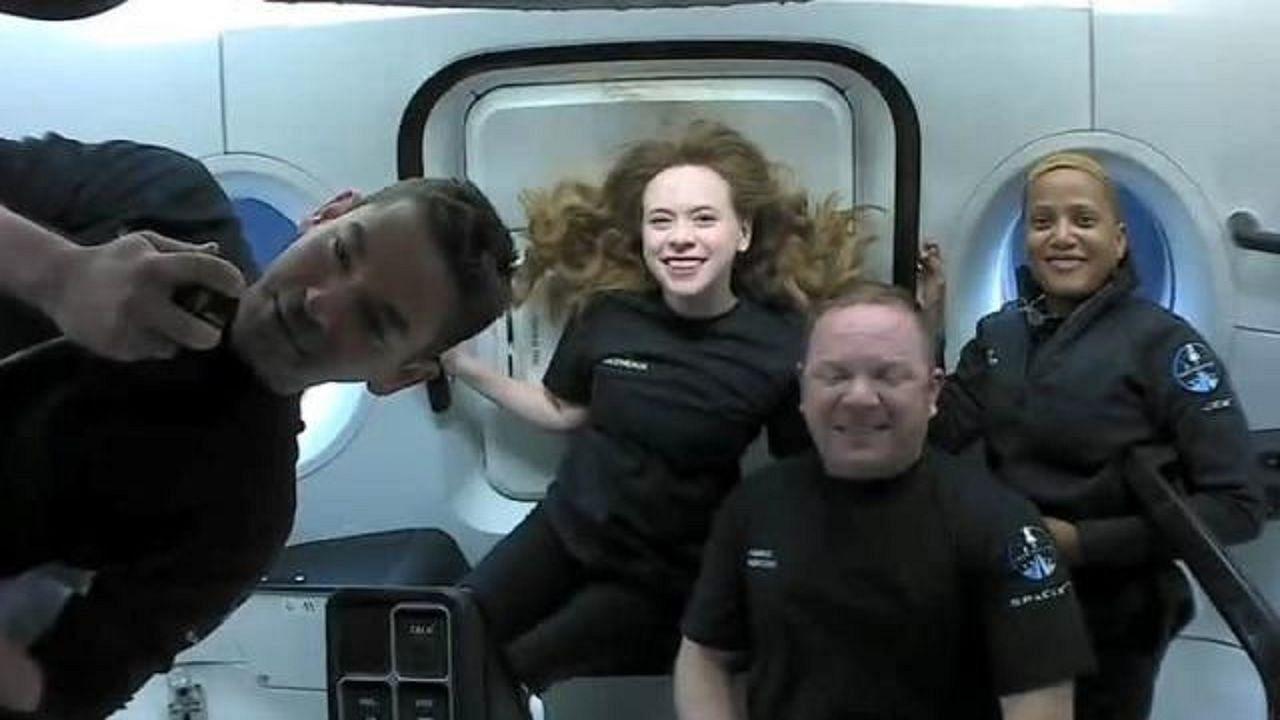 SpaceX Inspiration4: स्पेस में गुजारे तीन दिन...बनाया एक 'रिकॉर्ड', अब पृथ्वी पर लौटे चार शौकिया एस्ट्रोनोट्स