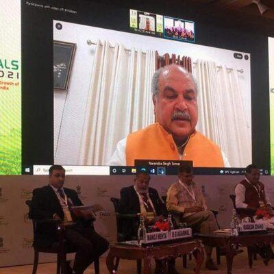 प्रकृति का ख्याल रखते हुए किसानों को ज्यादा फायदा पहुंचाने की हो कोशिश: कृषि मंत्री