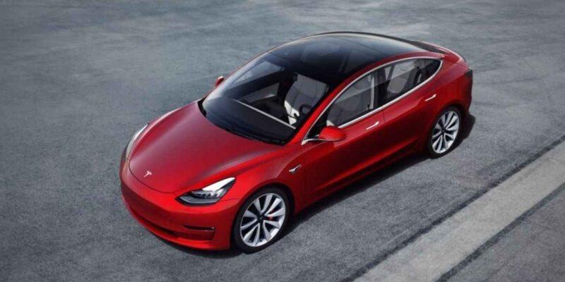 भारत में अभी लॉन्च नहीं होगी Tesla कार, कारण जानकर सिर पकड़ लेंगे आप