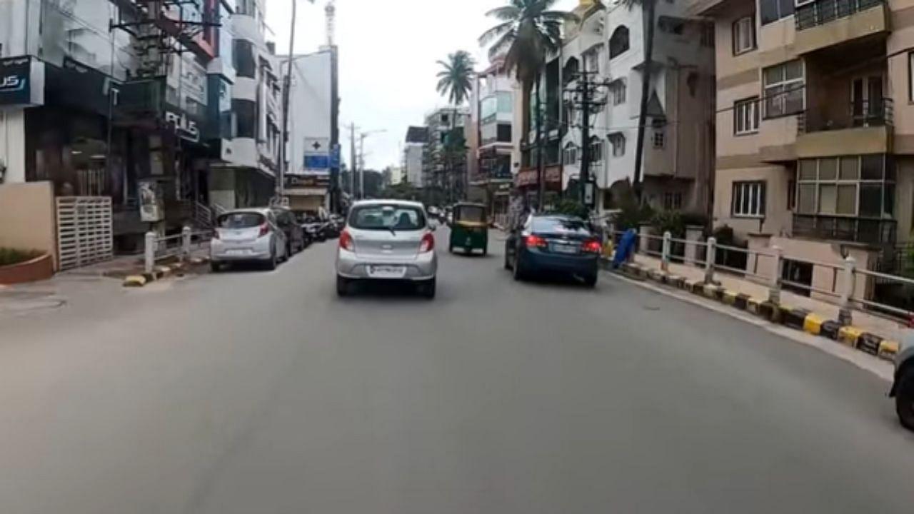 सड़क पर दूसरों की जान का दुश्मन बन क्रूज गाड़ी चला रहा था शख्स, पुलिस ने ऐसे ठिकाने लगाई अक्ल