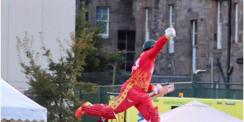 10 गेंदों पर 54 रन जड़ इस बल्लेबाज ने मचाई धूम, धुआंधार छक्के उड़ाकर लूटी महफिल और जिताया मैच