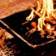 पूजा में क्यों होता है आसन का इस्तेमाल, जानिए इससे जुड़े नियमों के बारे में....