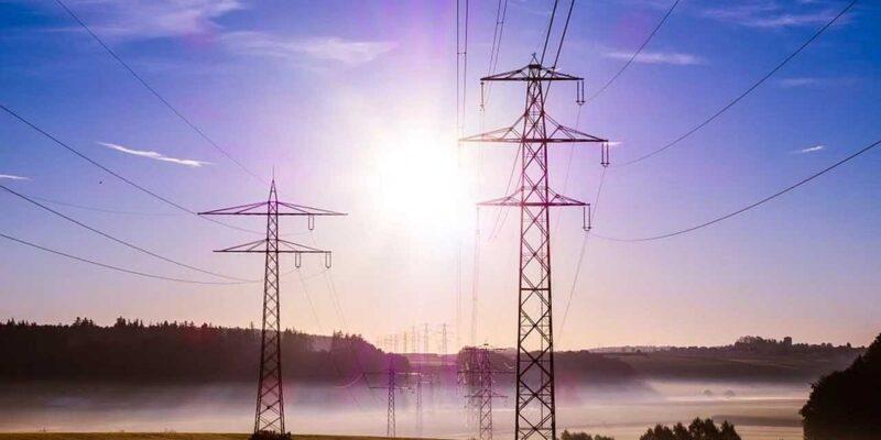 आखिर ऐसा क्या हो गया कि देश में बिजली संकट आ गया! समझिए किस वजह से बन रहे हैं ये हालात...