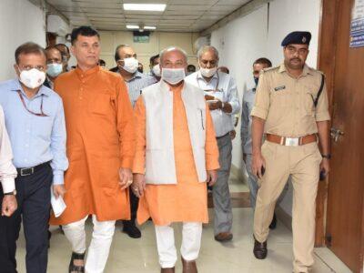 कृषि मंत्री नरेंद्र सिंह तोमर ने किया कृषि भवन का निरीक्षण, शिकायतों का शीघ्र निराकरण करने का दिया निर्देश