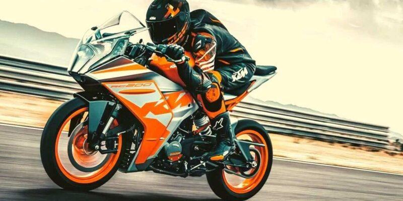 ऑल-न्यू 2022 KTM RC 200 मोटरसाइकिल भारत में लॉन्च, जानिए क्या है कीमत और खासियत