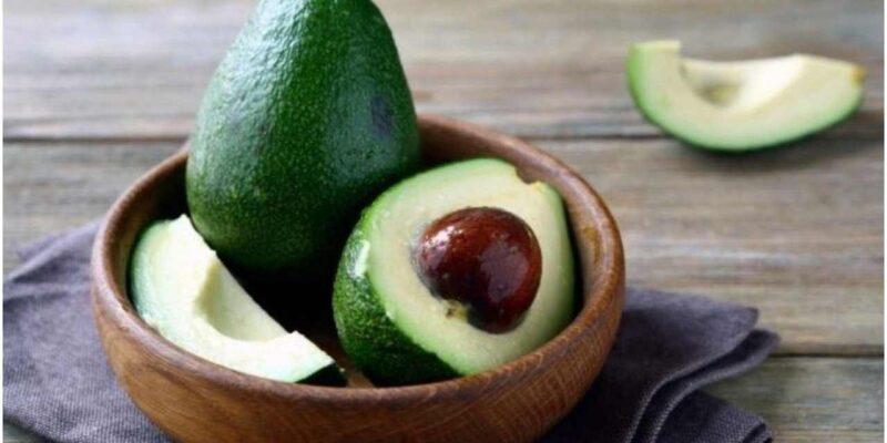 Avocado Benefits : सौंदर्य के अलावा स्वास्थ्य के लिए भी वरदान है एवोकैडो, जानें इसके फायदे