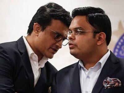 भारतीय क्रिकेट बोर्ड (बीसीसीआई) को आईपीएल की दो नई टीमों की नीलामी प्रक्रिया शुरू होने के बाद प्रत्येक फ्रेंचाइजी से 7000 करोड़ रुपये से 10,000 करोड़ रुपये तक मिलने की उम्मीद है. अभी यह स्पष्ट नहीं है कि बीसीसीआई नीलामी की बोली का तकनीकी मूल्यांकन करने के बाद सोमवार को ही सफल बोली लगाने वालों की घोषणा करेगा या नहीं. ऐसी 22 कंपनियां हैं, जिन्होंने 10 लाख रुपये के निविदा (टेंडर) दस्तावेज लिए हैं. नई टीमों के लिए आधार मूल्य 2000 करोड़ रुपये रखा गया है. ऐसे में केवल पांच से छह गंभीर बोली लगाने वालों के होने की उम्मीद है. बीसीसीआई फ्रेंचाइजी के लिए बोली लगाने के लिए तीन कंपनियों/व्यक्तियों के कॉन्सॉर्टियम (समूह) को भी अनुमति दे रहा है.