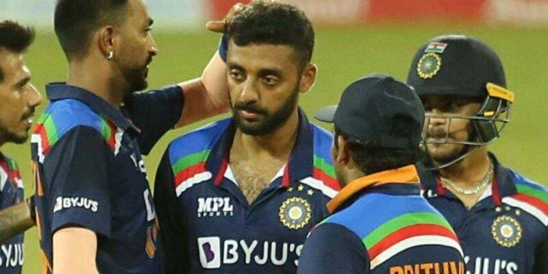 T20 वर्ल्ड कप से पहले टीम इंडिया का धाकड़ खिलाड़ी बीमार, घुटनों में गंभीर दर्द, इंजेक्शन लेकर खेल रहा