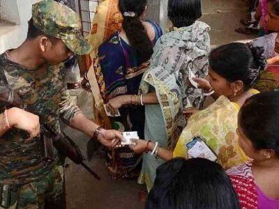 Bengal Bypolls: बंगाल में हिंसा के मद्देनजर चुनाव आयोग ने लिया कड़ा फैसला, 4 सीटों पर उपचुनाव में तैनात होंगे 80 कंपनी केंद्रीय बल