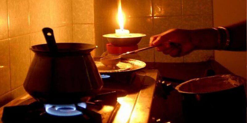 आज ही मोमबत्ती खरीदकर ले आएं घर, कोयले की कमी को देखते हुए दिल्ली में कई दिनों तक कटेगी बिजली