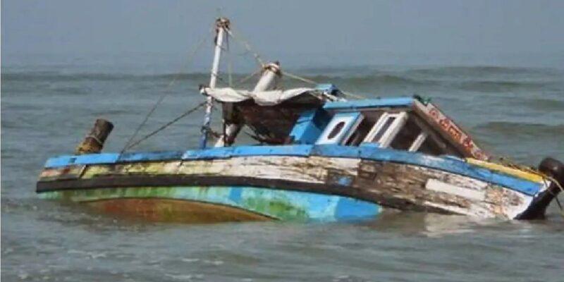 कांगो: नदी में पलटी सैकड़ों यात्रियों से भरी नाव, पानी से बाहर निकाले गए 51 शव, 69 लोग अभी भी लापता