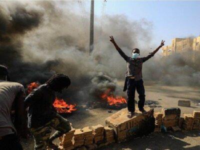 सूडान में तख्तापलट: इंटरनेट बंद...राष्ट्रपति नजरबंद...US ने जतायी चिंता, जानें अभी तक देश में क्या-क्या हुआ
