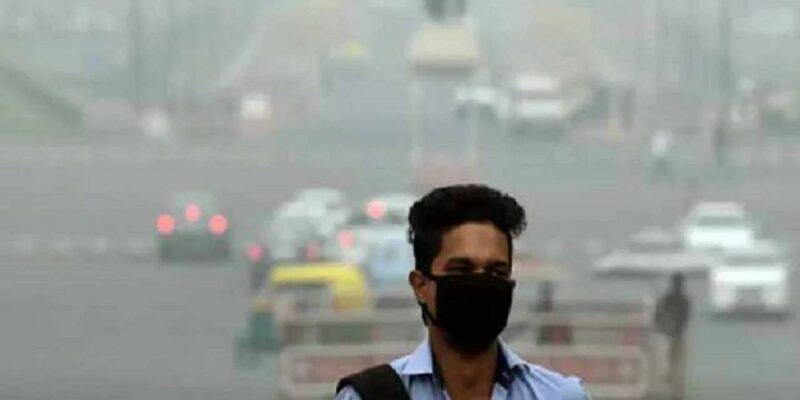 प्रदूषण कम करने की तैयारी कर रही दिल्ली सरकार, सोमवार से पराली गलाने वाले घोल के छिड़काव की करेगी शुरुआत
