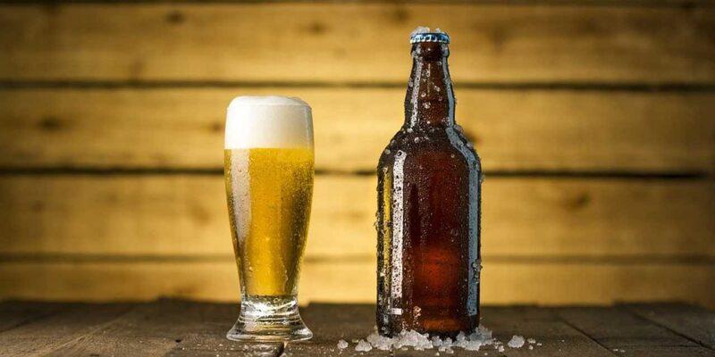 बीयर को भी हल्के में ना लें... जानिए इसका एक गिलास शरीर में जाता है तो क्या-क्या करता है?