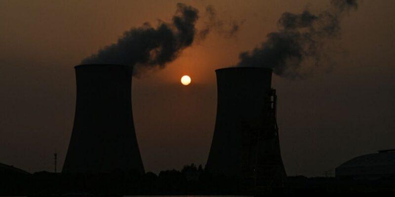 Electricity Crisis: अंधेरे में डूबा पूरा लेबनान, देश में कई दिनों तक नहीं आएगी बिजली, चीन-जर्मनी के बाद भारत पर भी मंडरा रहा खतरा