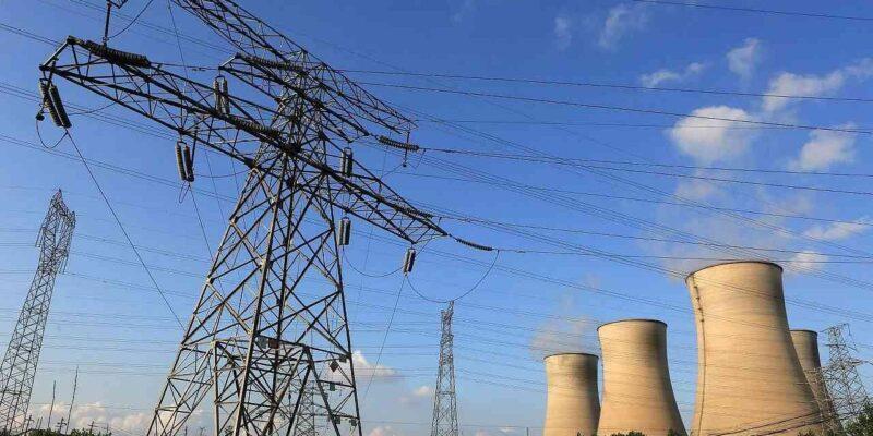 Electricity Crisis in UP: उत्तर प्रदेश में भी गहराया कोयले का संकट, CM योगी ने PM मोदी से मांगी मदद