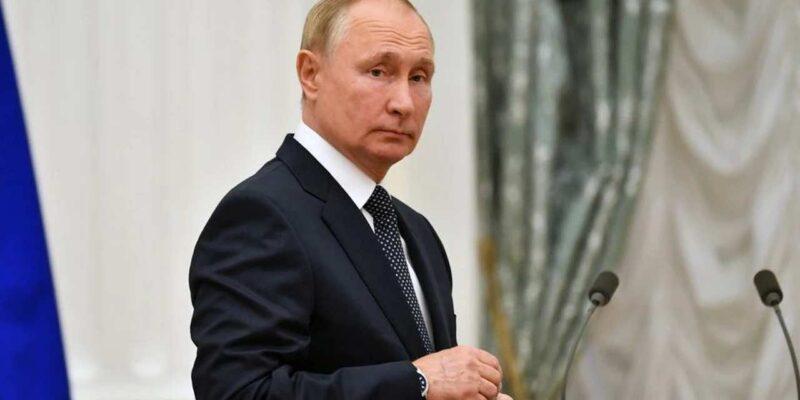 पहले किया आरोपों का सामना अब यूरोप को एनर्जी संकट से बचाएंगे रूस के राष्ट्रपति व्लादीमिर पुतिन