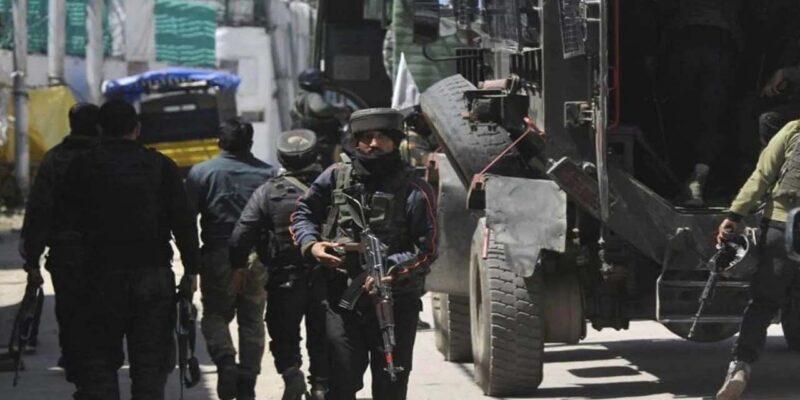 Fikr Aapki: जम्मू कश्मीर में आतंकियों के निशाने पर देश भक्त कश्मीरी, टारगेट किलिंग की बड़ी साजिश रच रहा पाकिस्तान