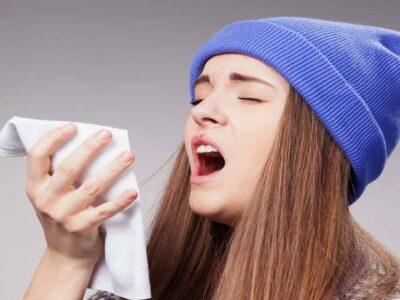 ब्रिटेन में कोविड और फ्लू, सर्दियों में दोनों कितना बड़ा खतरा बन सकते हैं? इन्फ्लूएंजा भी हो सकता है खतरनाक
