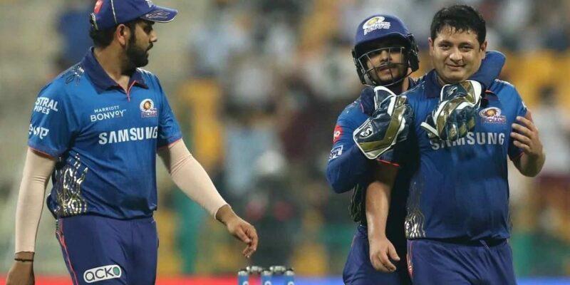 IPL 2021: 5 बार की चैंपियन मुंबई इंडियंस ग्रुप स्टेज से बाहर, रोहित शर्मा ने बताई कहां हुई गलती