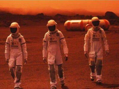अंतरिक्ष में अगर इंसान की मौत हो जाए, तो उसके शव के साथ क्या होगा? जानिए धरती से कितना अलग है वहां का वातावरण