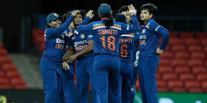 Ind W vs Aus W: नहीं काम आया स्मृति मांधना का शतक, ऑस्ट्रेलिया ने तीसरे टी20 में भारत को 14 रनों से पटका