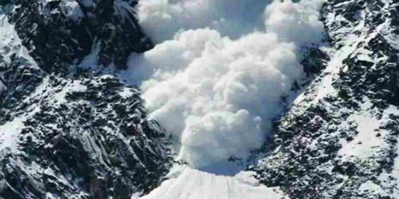 माउंट त्रिशूल फतह करने गया इंडियन नेवी का दल एवलांच की चपेट में आया, 5 पर्वतारोही हुए लापता, रेस्क्यू टीम रवाना