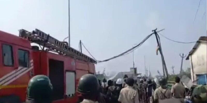 Jharkhand News: हजारीबाग बानादाग कोलडंप साइंडिंग में पुलिस और आंदोलनकारियों की भिड़ंत, ग्रामीण समेत पुलिसकर्मी हुए घायल