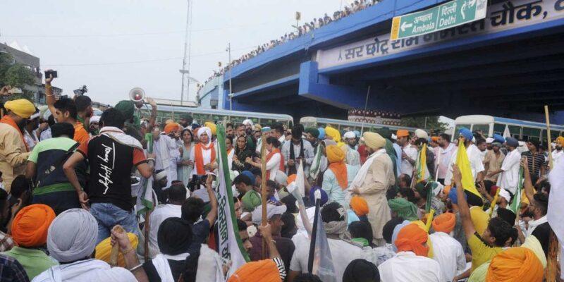 Lakhimpur Violence: UP में किसानों की मौत के बाद उत्तराखंड में भी किसान आक्रोशित, रुद्रपुर समेत कई शहरों में किया प्रदर्शन