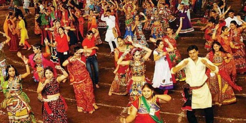 Madhya Pradesh: शिवराज सरकार ने गरबा के आयोजन की दी इजाजत, 15 अक्टूबर के बाद पूरी तरह खुल जाएंगे जिम और कोचिंग सेंटर्स