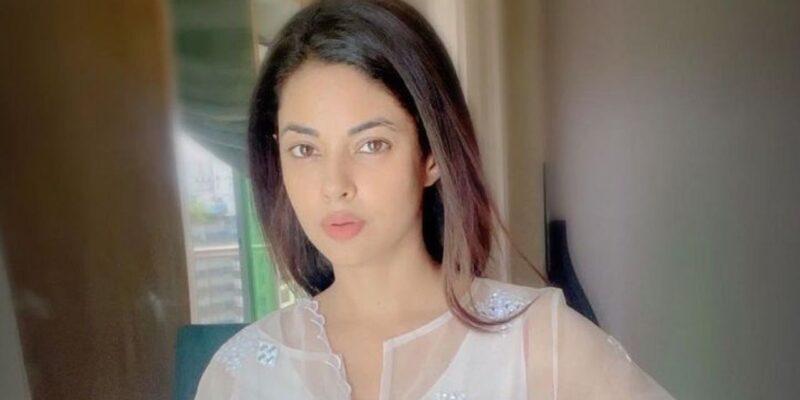 मीरा चोपड़ा ने दुर्व्यवहार करने को लेकर इंटिरियर डिजाइनर के खिलाफ दर्ज कराई FIR, कहा- उन्होंने मुझे मेरे घर से ही बाहर निकाल दिया